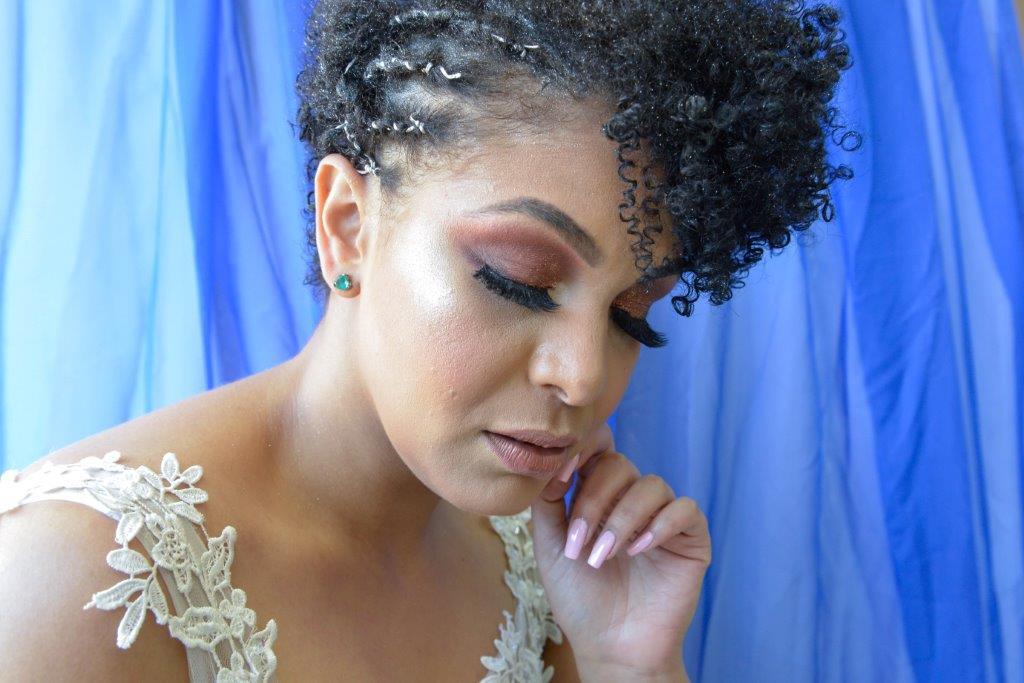 Senac lança curso com técnicas de modelagem e pintura de sobrancelhas